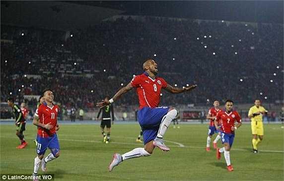 Vidal hi vọng phong độ trên sân cỏ sẽ bù đắp được những sai lầm anh gây ra.