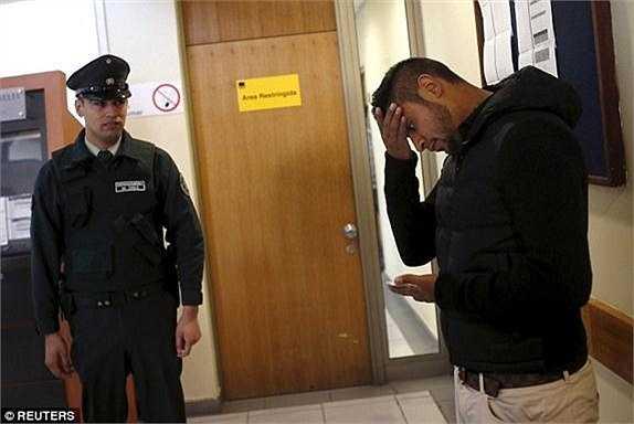 Người thân của Vidal lo lắng với vụ việc.
