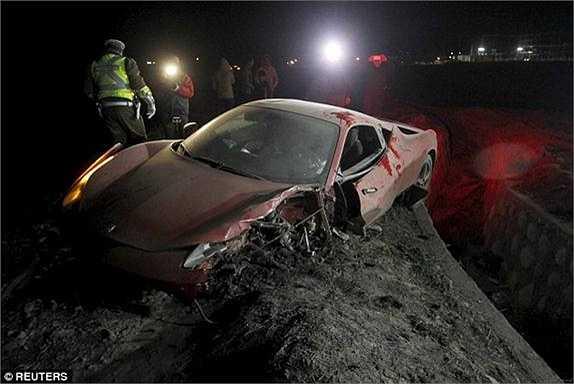 Đại tá cảnh sát Ricardo Gonzalez xác nhận trên truyền hình Chile rằng Vidal đã bị tạm giữ qua đêm vụ tai nạn. Cảnh sát tiết lộ có 3 chiếc xe đâm nhau trong vụ tai nạn này. 'Người lái chiếc xe màu đỏ đã say rượu', ông Gonzalez thông báo.