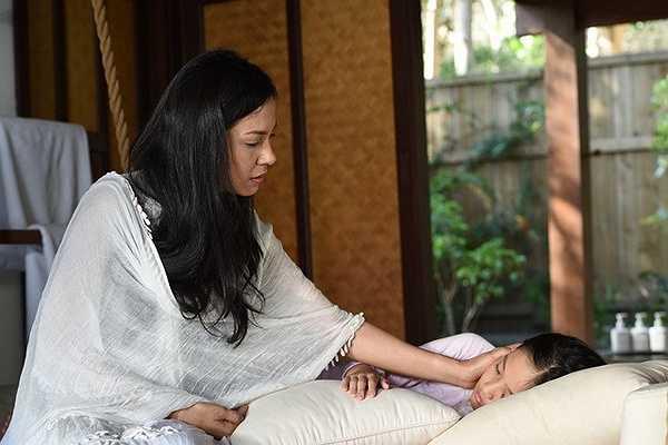 Người đẹp Tây Đô Việt Trinh từng làm say đắm hàng triệu trái tim khán giả bất ngờ quay lại với vai trò diễn viên trong bộ phim điện ảnh do chị và người bạn Châu Thổ làm đạo diễn