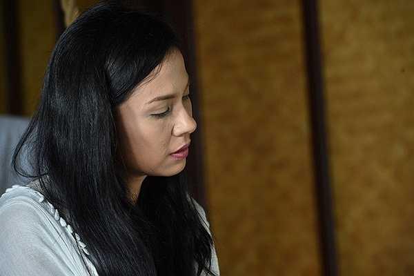 Khi đang ở đỉnh cao của sự nghiệp diễn xuất lẫn danh vọng và tiền bạc, Việt Trinh quyết định rút lui khỏi phim ảnh, về với cửa Phật để tìm sự bình an và có thời gian suy nghĩ về cuộc đời