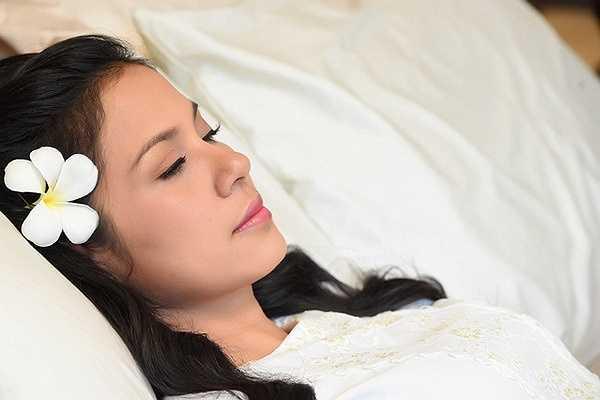 Kể từ sau Duyên trần thoát tục, Việt Trinh hầu như không tham gia bất kì một vai diễn điện ảnh nào.