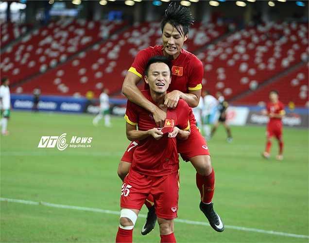 Huy Toàn có 2 bàn thắng đẹp, vừa đủ để anh trở thành đồng vua phá lưới SEA Games với 5 bàn. (Ảnh: Phạm Thành)