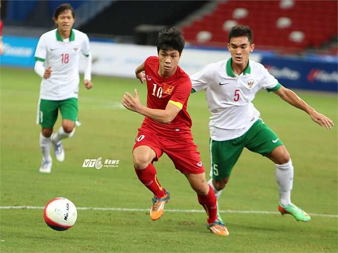 Theo báo chí Indonesia, một số cầu thủ U23 Indonesia đã tham gia dàn xếp tỷ số để đội nhà thua 0-4 trong hiệp 1. (Ảnh: Phạm Thành)