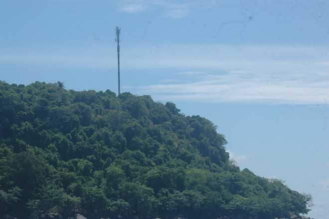 Nằm ở vị trí cao 230 m so với mực nước biển, trạm 3G đặc biệt này được coi là nóc nhà Thổ Chu.