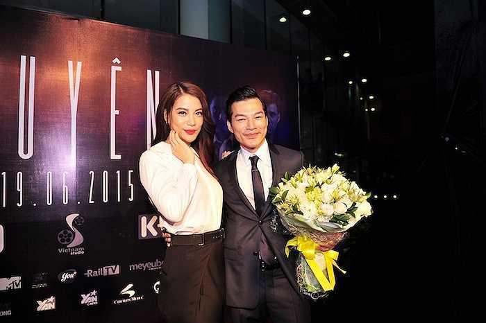 Dù đang bận quay quảng cáo tận Nhà Bè, nhưng diễn viên Trương Ngọc Ánh đã ngưng lịch quay để kịp về trung tâm thành phố, tham dự buổi công chiếu.