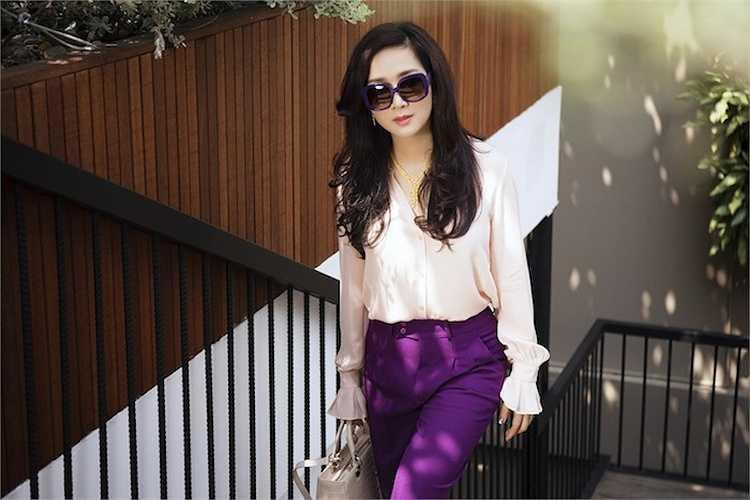Cùng ngắm thêm những hình ảnh đẹp của Hoa hậu đền Hùng: