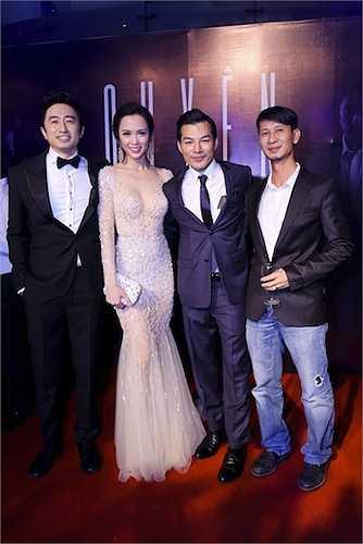 Đạo diễn Nguyễn Phan Quang Bình và các diễn viên trong phim.