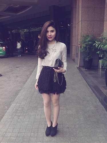Hiện tại, Hoàng Thanh Thúy đã lập gia đình và có 1 em bé kháu khỉnh. Chồng cô cũng công tác tại Vietnam Airlines.