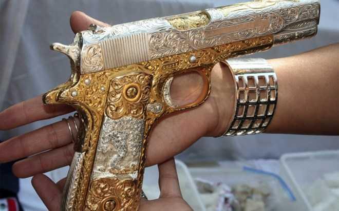Thương hiệu súng Colt ngày càng mất giá