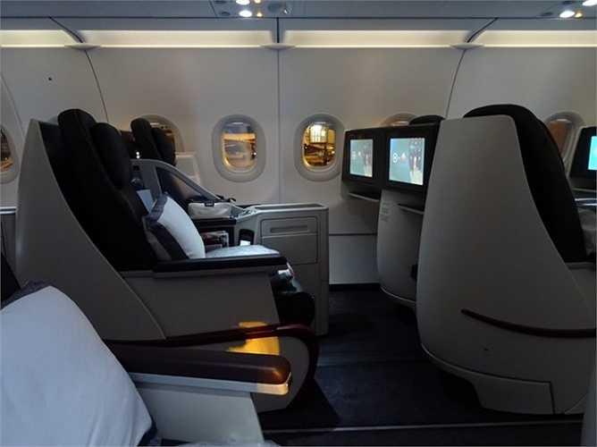 Các ghế ngồi của hạng thương gia cũng khá hiện đại và tiện nghi.