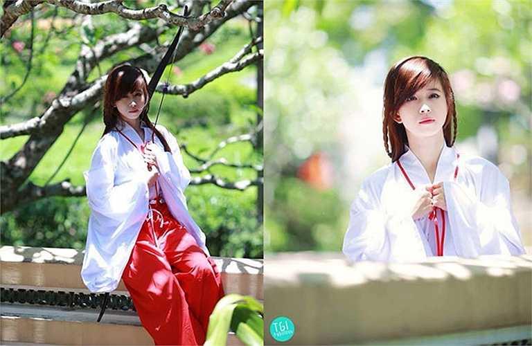 Châu Tuyết Vân sinh năm 1990, hiện sinh sống cùng gia đình tại TP.HCM. Cô làm quen với môn taekwondo từ năm mới lên 7 tuổi và sớm cho thấy tài năng thiên bẩm ở môn võ này