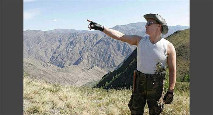 Ông Putin trong chuyến đi đến núi Sayan, phía Tây Nam Tuva