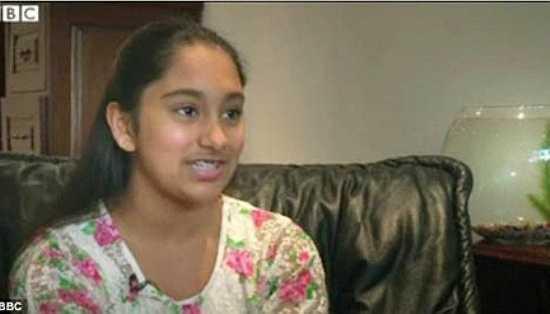 Neha Ramu (SN 2000, gốc Ấn Độ, sống tại Anh) có chỉ số IQ 162, được đo khi 13 tuổi. Cô thích các hoạt động như cờ vua và đọc sách. Lúc 7 tuổi. Neha đạt 740/800 điểm môn toán SAT và tham gia vào chương trình nghiên cứu những tài năng đặc biệt tại ĐH Johns Hopkins. Neha muốn trở thành một nhà thần kinh học - chuyên gia nghiên cứu não bộ và hệ thần kinh.