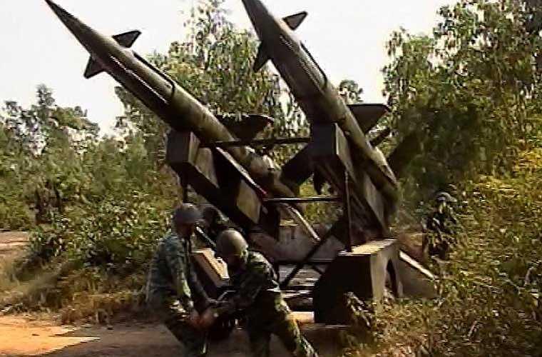 """Trận địa tên lửa giả - """"vũ khí"""" được bộ đội ta sử dụng rất hiệu quả trong chiến tranh chống Mỹ, giúp phần nghi binh bảo vệ trận địa thật."""