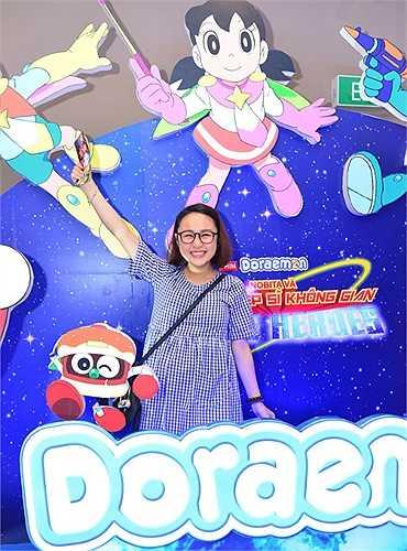 Trong lễ ra mắt phim Doraemon: Nobita và những hiệp sĩ không gian diễn ra ngày 21/6, Thiện Thanh - con gái diva Thanh Lam diện một bộ đồ trẻ trung đến dự.