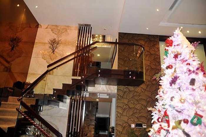 Căn biệt thự này trị giá 60 tỷ của Đàm Vĩnh Hưng tậu năm 2010.