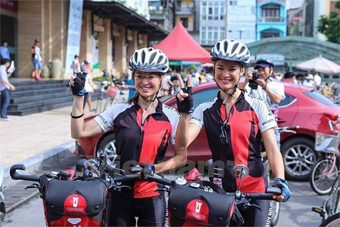 Ness và Vicky đang thực hiện chuyến hành trình xuyên suốt các quốc gia Đông Nam Á bắt đầu từ ngày 20/4