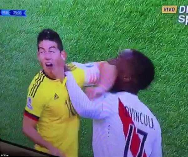 Không chỉ Falcao chơi không thành công, 1 ngôi sao khác của Colombia cũng có phen hú vía