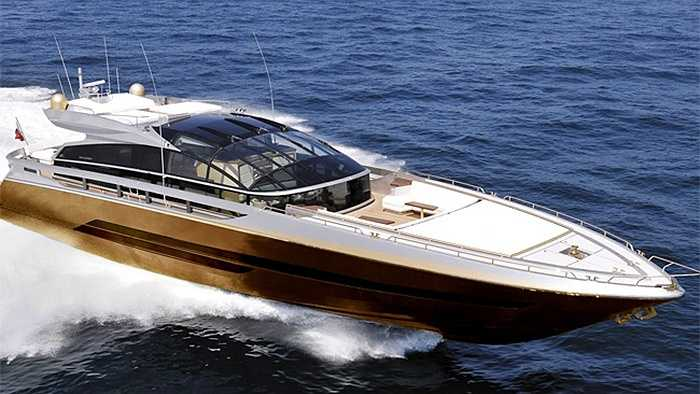 Một doanh nhân Malaysia giấu tên đã bỏ ra 4,5 tỷ USD để tậu siêu du thuyền đắt nhất thế giới, được mạ ngoài bằng bạch kim và vàng ròng -