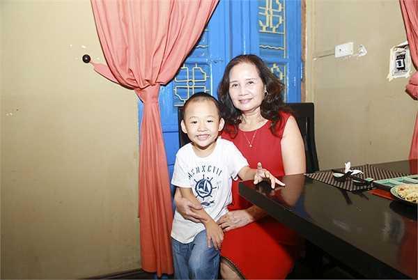 Trước khi lấn sân sang lĩnh vực kinh doanh, Thanh Vân đã được khán giả yêu mến qua nhiều vai trò MC, diễn viên và cả giáo viên mầm non.
