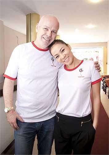 'Nữ hoàng nhạc dance' Thu Minh đã kết hôn với doanh nhân người Hà Lan, Otto từ cuối năm 2012.