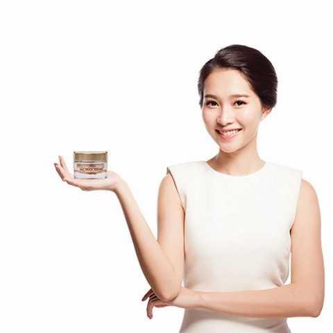 Tuyệt đối an tâm khi mua Sắc Ngọc Khang chính hãng của Hoa Thiên Phú