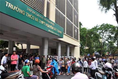 Tuyển sinh vào lớp 6 trường THCS Nguyễn Tất Thành (Hà Nội)