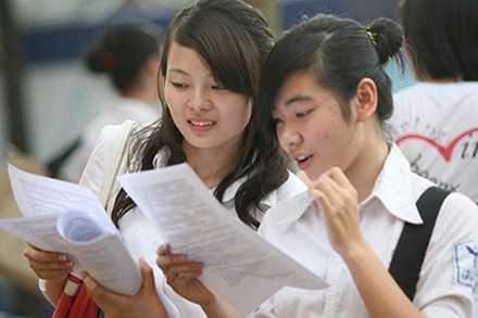 Đề thi THPT quốc gia 2015 sẽ đảm bảo những thí sinh có học lực trung bình cũng có thể đỗ tốt nghiệp