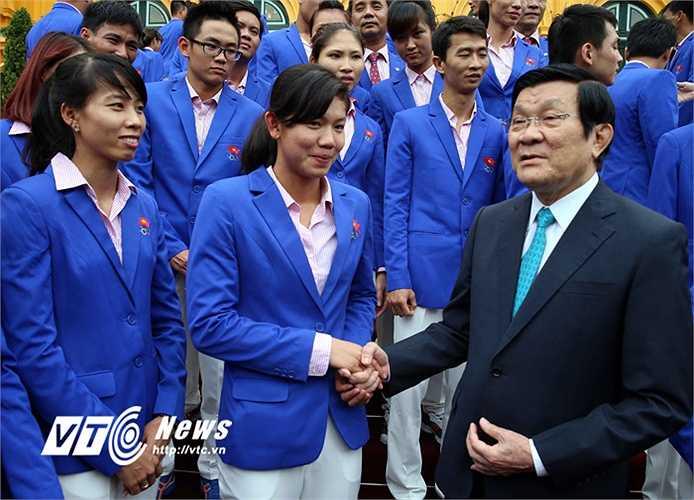 Chiều nay, Chủ tịch nước Trương Tấn Sang đã có buổi gặp mặt các vận động viên Việt Nam đoạt thành tích cao ở SEA Games 28. (Ảnh: Quang Minh)