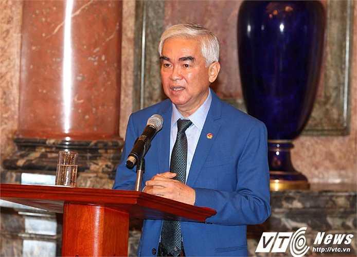 Chủ tịch VFF Lê Hùng Dũng tin rằng đội tuyển bóng đá nam sẽ có thể vô địch SEA Games 2017.(Ảnh: Quang Minh)