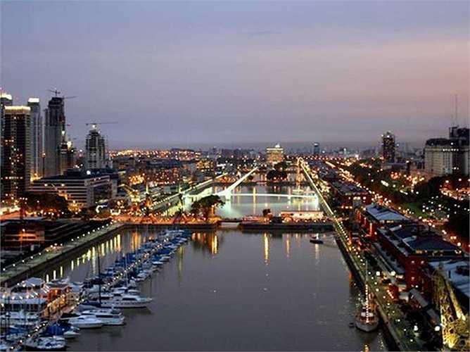 Ông đã hợp tác cùng tập đoàn Faena để xây dựng mới khu Puerto Madero ở Buenos Aires, Argentina