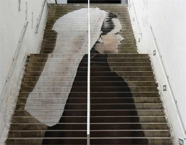 Tác phẩm nghệ thuật độc đáo trên những bậc cầu thang trong thành phố Morlaix, Pháp