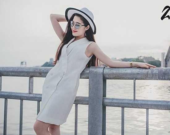 Á khôi 1 cuộc thi 'Miss Ha Noi Photo Model' Phạm Thanh Tâm sinh năm 1992, đến từ Hạ Long - Quảng Ninh.