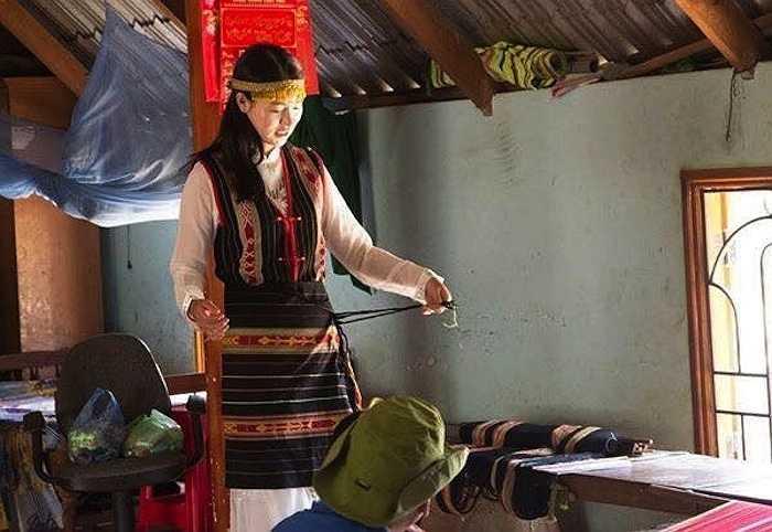 Cho đến thời điểm này, những thông tin xung quanh chuyến đi tới Việt Nam của nữ diễn viên 9X vẫn được giữ kín.
