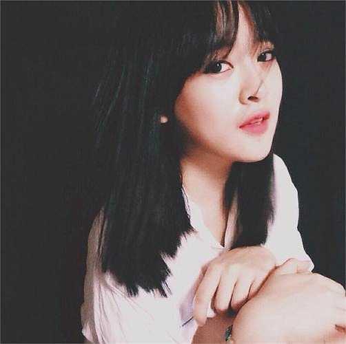 Quan niệm cuộc sống của Trang: 'Bao giờ cũng phải có nơi để về là gia đình, nơi khởi đầu mọi thứ và cũng là nơi tình yêu thương không bao giờ kết thúc'.