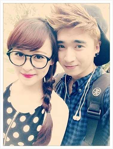 Cô cũng từng tham gia quay MV cho ca sĩ Lê Hiếu, Chi Dân, Vanh Legg...
