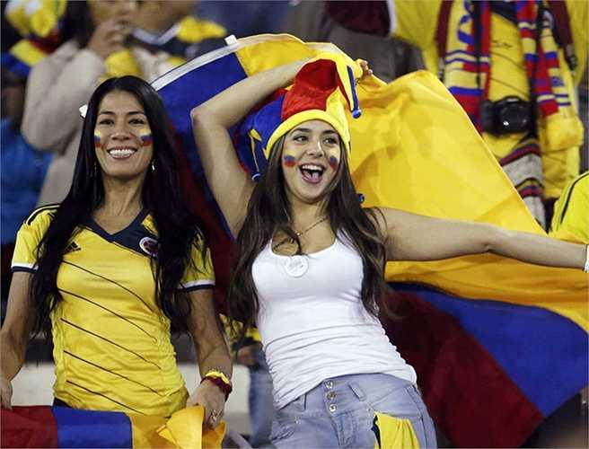 Rất may là Colombia vẫn giành quyền đi tiếp nhờ có thành tích thứ 3 tốt nhất.