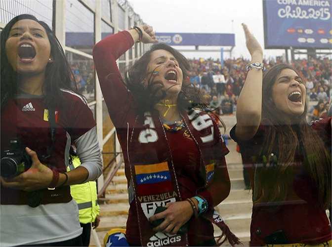Những cô nàng xứ hoa hậu Venezuela.