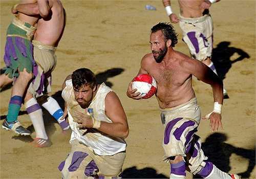 Điều đó đòi hỏi các cầu thủ không khác gì những chiến binh La Mã.