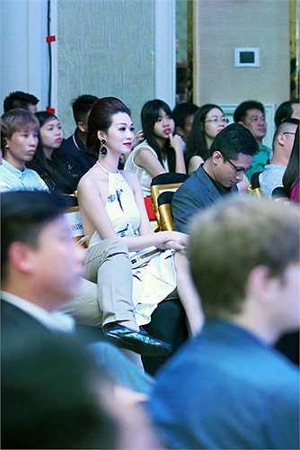 Phong thái tự tin đã giúp Khánh My ghi điểm trong mắt mọi người.