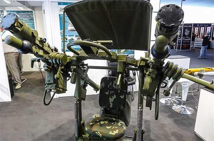 Thông thường, tên lửa vác vai Igla-S thường đặt trên vai người lính, nhưng nhà sản xuất còn trang bị thêm một số phương án khác