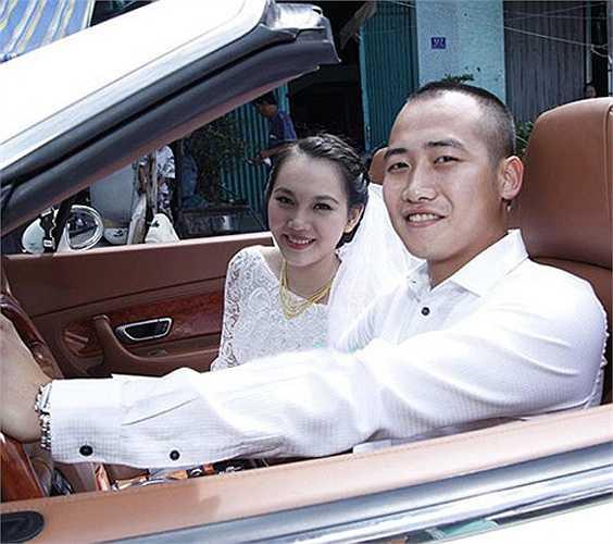 Trong đám cưới, có sự xuất hiện của nhiều siêu xe đắt đỏ.