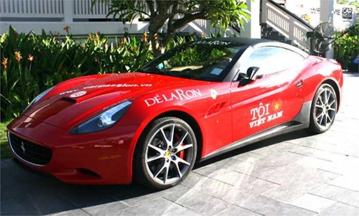 Đây cũng chính là chiếc Ferrari California thứ ba tại Việt Nam. Để sở hữu mẫu xe mui trần sành điệu này, Bình Dương phải bỏ ra số tiền khoảng gần 5 tỷ đồng.