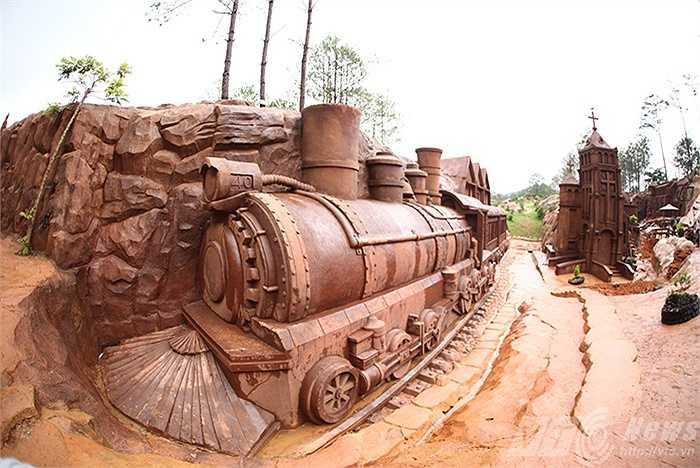 Đà Lạt họa bằng những công trình kiến trúc và văn hóa độc đáo như ga xe lửa.