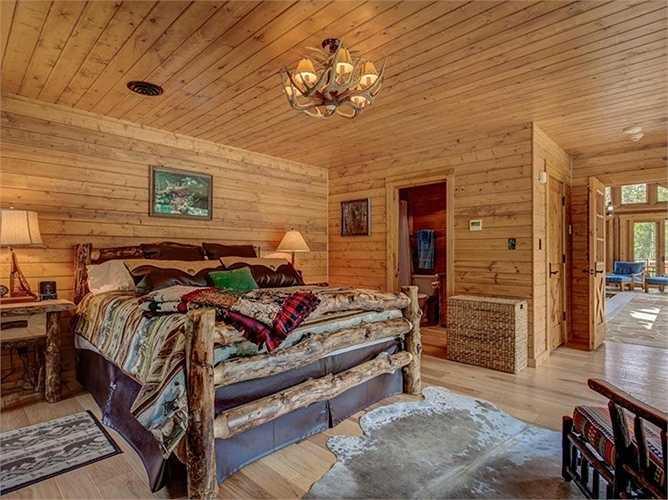 Trong khu spa cũng có phòng ngủ dự phòng.