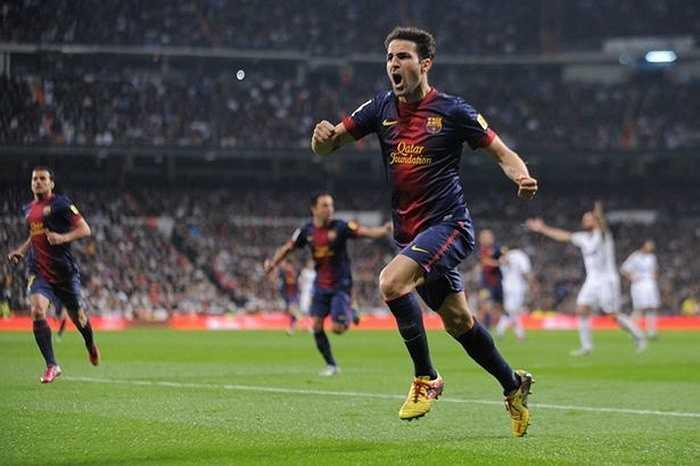 Dù chuyển sang Arsenal từ năm 2003 khi chưa đầy 17 tuổi và ở London 8 năm nhưng Fabregas chưa khi nào thôi ước muốn trở về Barca. Dù được trao băng thủ quân nhưng F4 luôn khiến Arsenal nghĩ rằng họ sẽ mất anh bất cứ khi nào nếu Barca đưa ra lời đề nghị