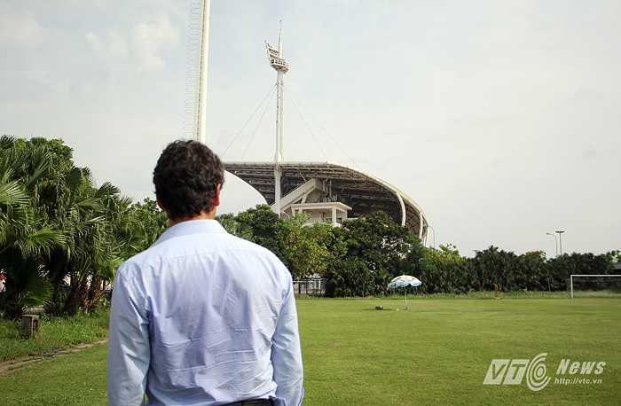 Đây là bước đầu trong việc hơp tác toàn diện, lâu dài giữa Hà Nội T&T và CLB Man City. (Ảnh: Hà Thành)