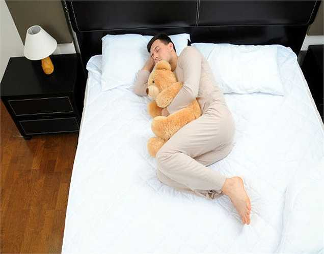 Theo nghiên cứu thì thời gian ngủ có liên quan đến trọng lượng, khi ngủ ít hơn 6 giờ hoặc ngủ nhiều hơn 8 giờ sẽ ảnh hưởng đến trọng lượng cơ thể trong thời gian dài.