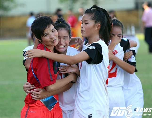 U14 Việt Nam được thưởng nóng 200 triệu sau chiến tích này. (Ảnh: Phạm Thành)